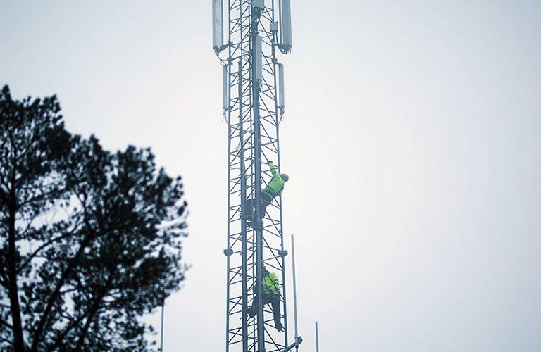 e33f15e2 Klare til å rykke ut om nettet faller ned i stormen